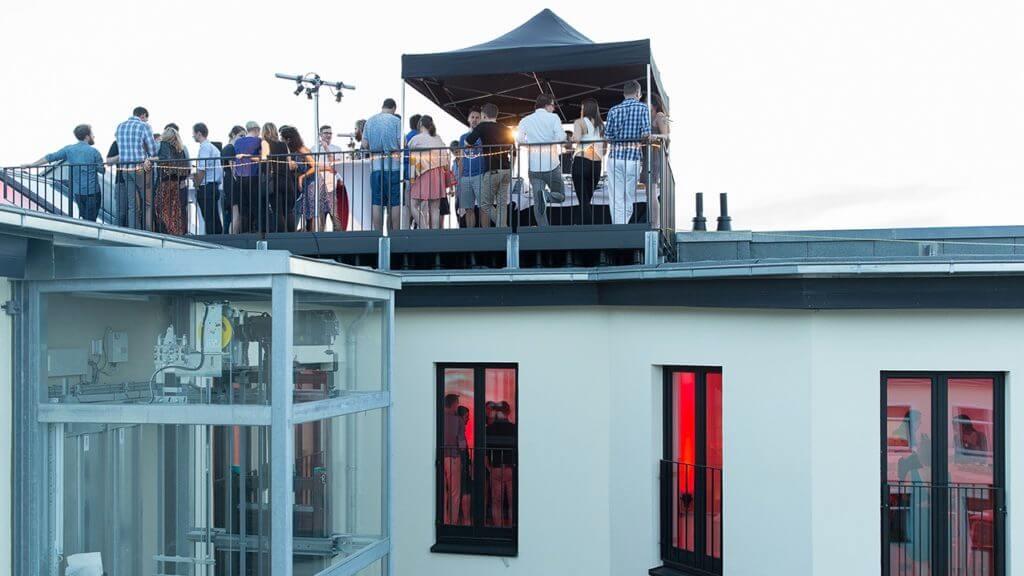 Dachterrasse bei einer Party von WEVENTURE