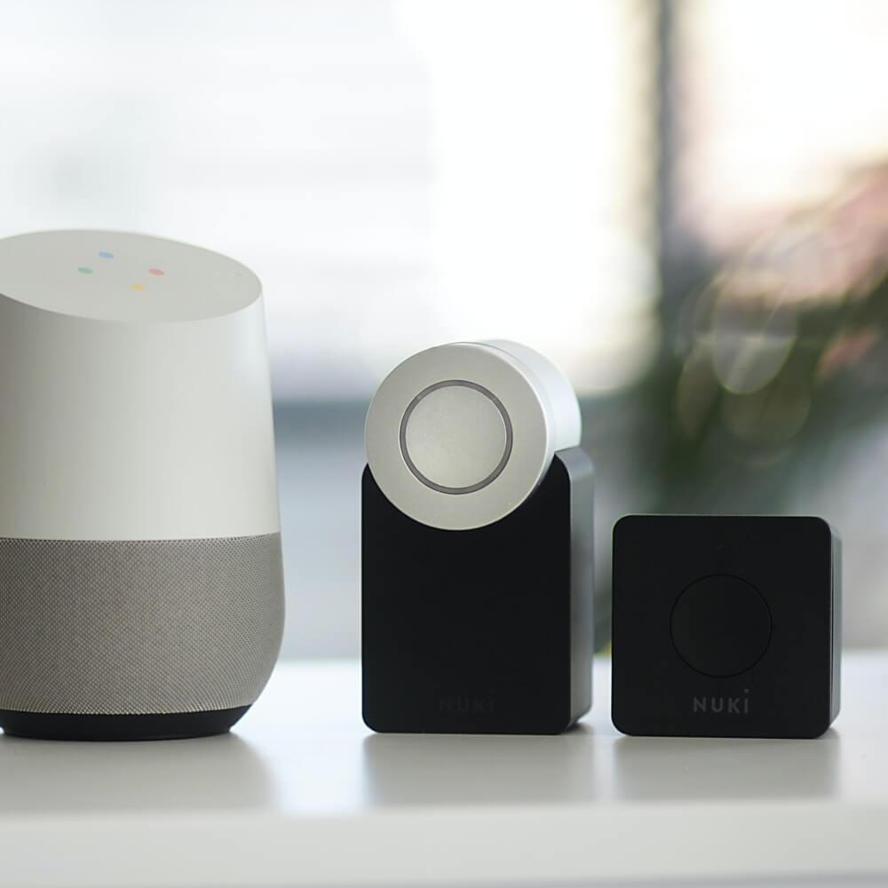 Smartlock & Speaker