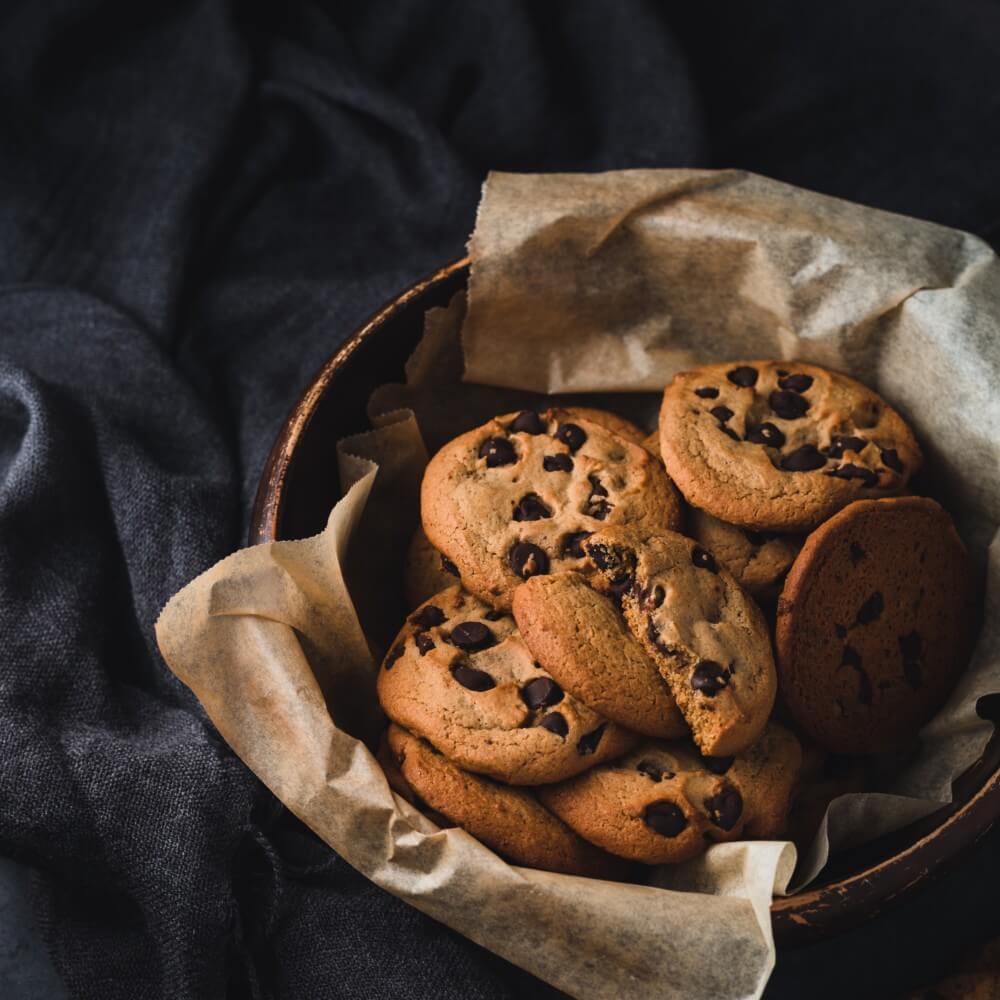 Schale mit Cookies